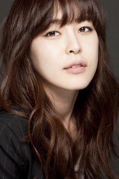 Xem thông tin diễn viên Lee Ha Na