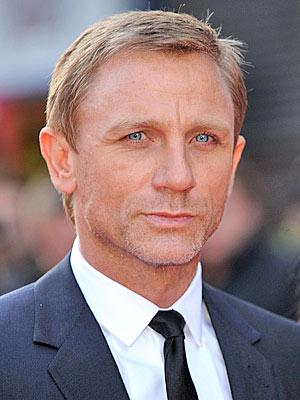 Xem thông tin diễn viên Daniel Craig
